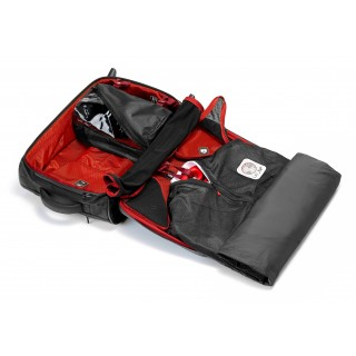 RW_01.2 - ROAD WARRIOR CARRY-ON SUITCASE (2-WHEEL) WITH GARMENT BAG